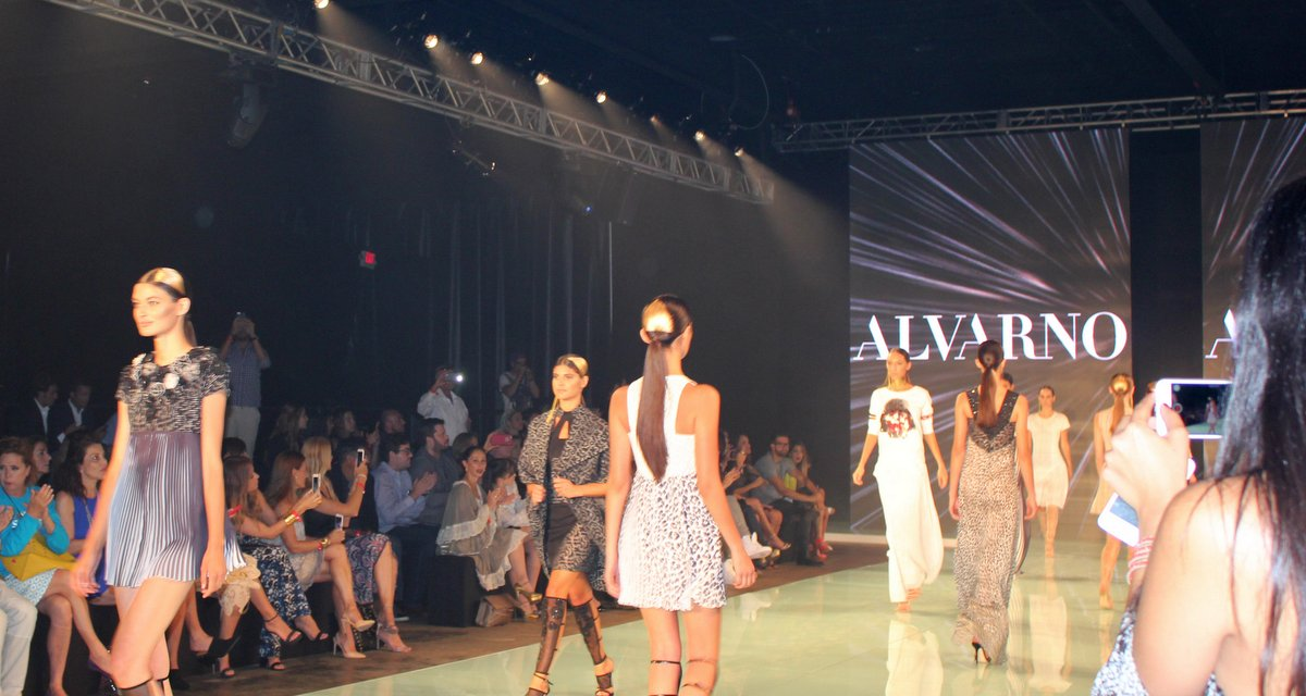 Blog Miami Fashion Spotlight: Contact us!