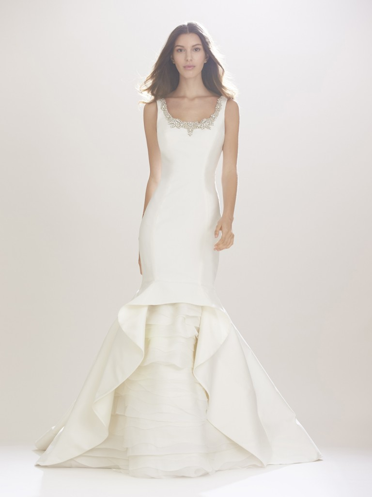 Winter White Wedding: Carolina Herrera Bridal Fall 2016