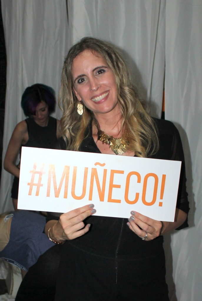 Out & About: #Muñeco!