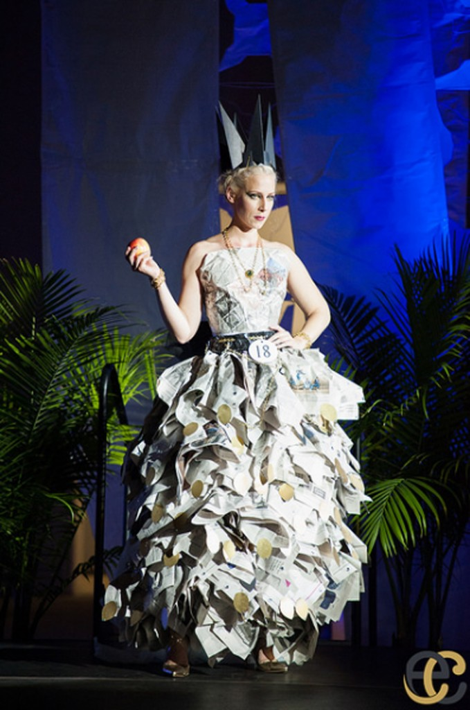 Dadeland Mall Hosts Eco Couture Dress Exhibition‏.