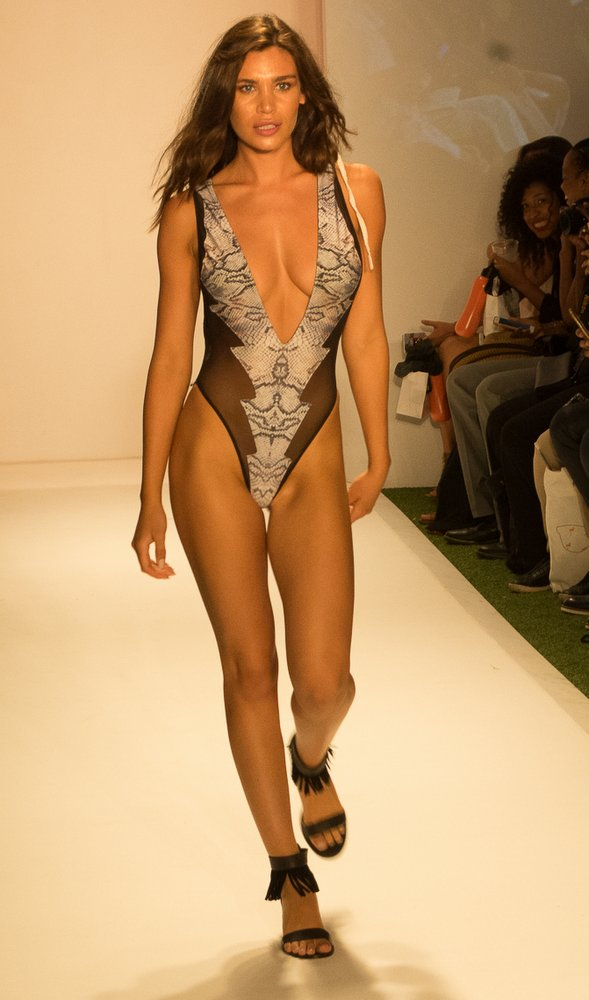 Sirènes De Soleil (SDS) at Miami Swim Week 2016