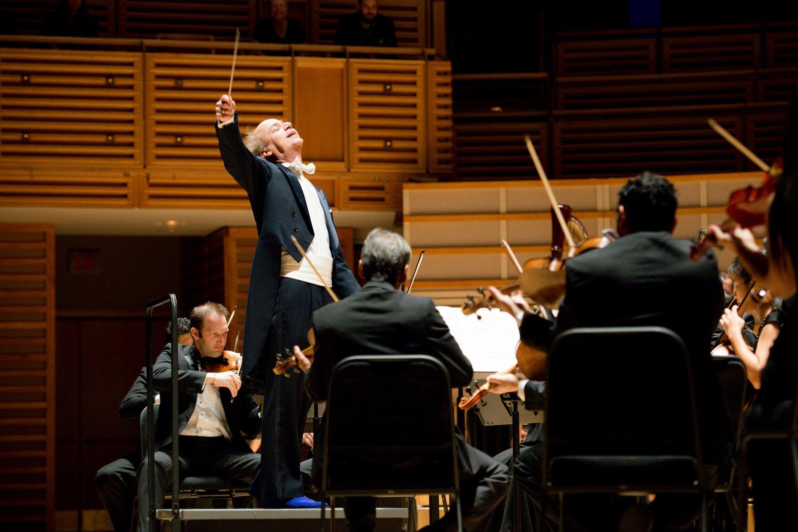 Deslumbrante Apertura de Temporada de la Orquesta Sinfónica de Miami Bajo la Batuta del Maestro Eduardo Marturet