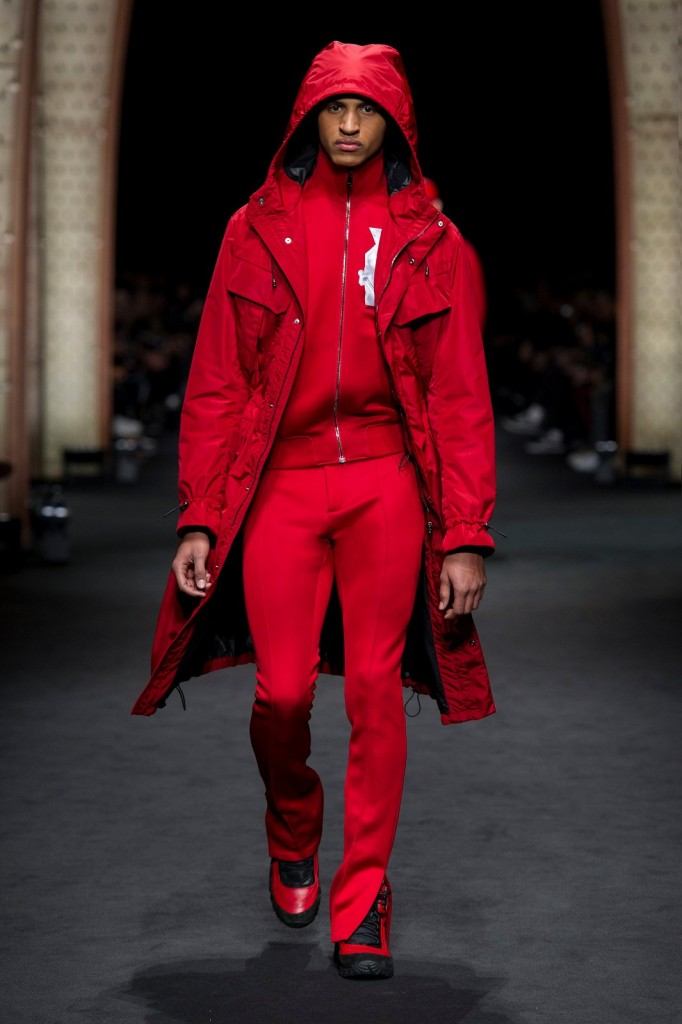 Milan Fashion Week Fall-Winter 2017-2018: Versace Menswear
