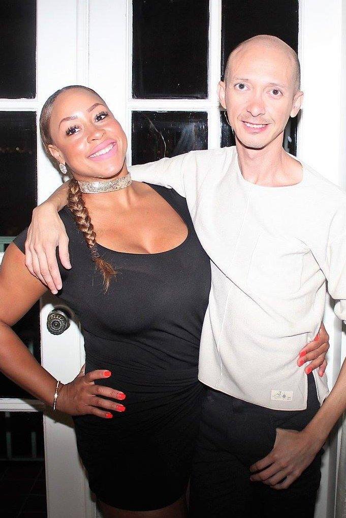 Jonathan Torres Celebra Cumpleaños con Recepción en Hotel Biltmore