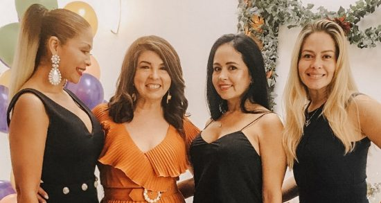 Friendsgiving day: An evening of fashion, hair, photo shoot and friends