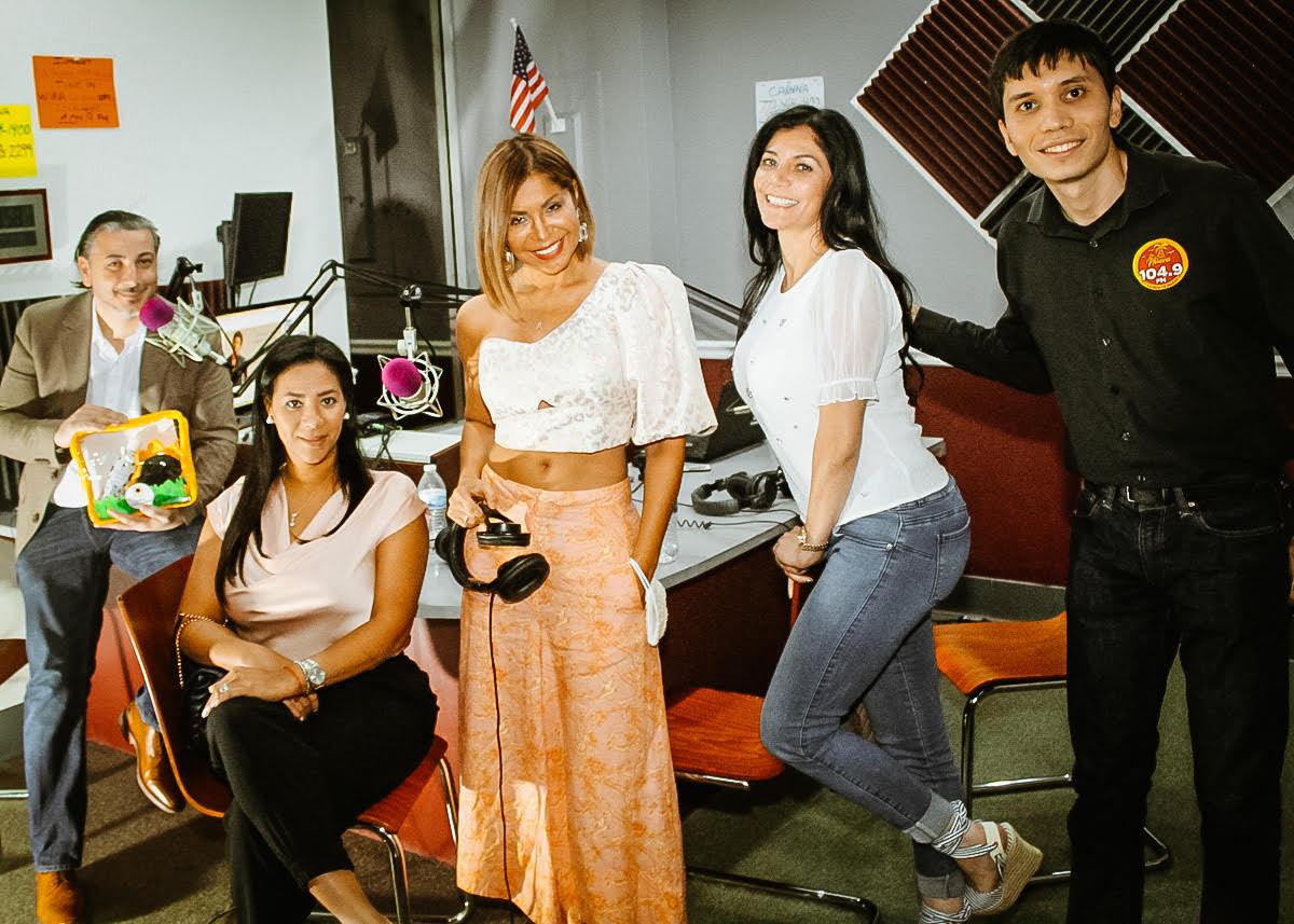 'Mujeres Empresarias Exitosas' de Miami Fashion Spotlight TV en La Nueva104.9 FM en Port St. Lucie