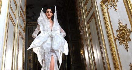 Paris Haute Couture Fashion Week: LA MÉTAMORPHOSE Fall/Winter 21/22 Couture Collection