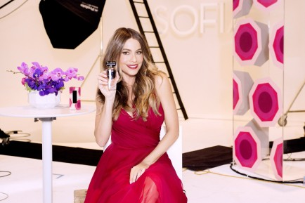 Sofia Vergara and Avon Announce New Fragrance